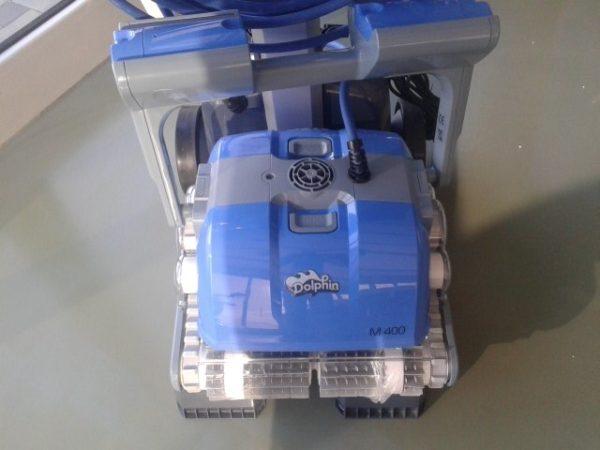 cistac-bazena-robot-dolphin-m400-slika-62956174